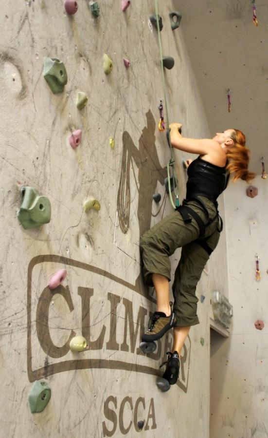 Klättermusen – så mycket bättre att klättra på väggen än att gå in iden