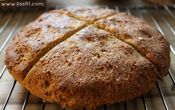 Sodabröd recept: Glutenfritt mandelbröd med chia- ochlinfrön