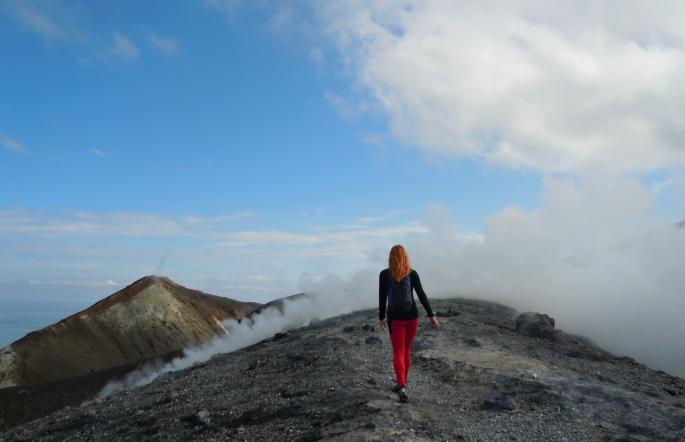 lissfit Vulcano Fossa krater