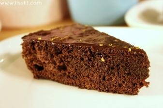 glutenfri chokladtårta med lakrits glasyr ala lissfit
