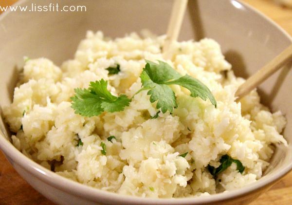 Low carb: Krämig blomkåls-risotto med kokos ochräkor
