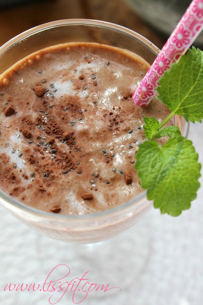protein smoothie avocado banana cacao yacon ala lissfit