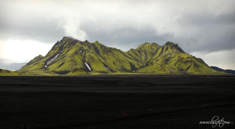 Iceland lava sand desert Laugavegur trek lissfit