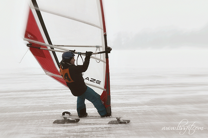kitewing draksegling skridskosegling Västerås