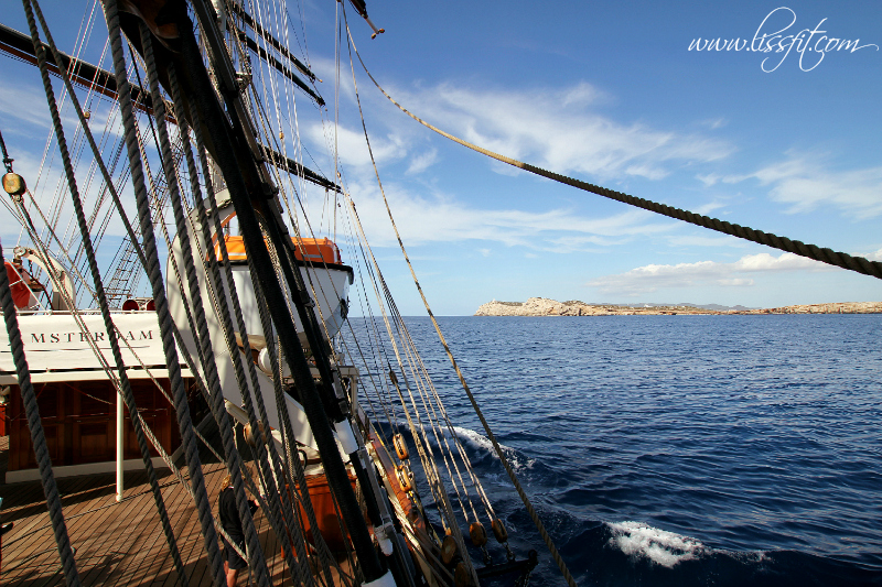 Clipper Stad AMsterdam passing Ibiza lissfit