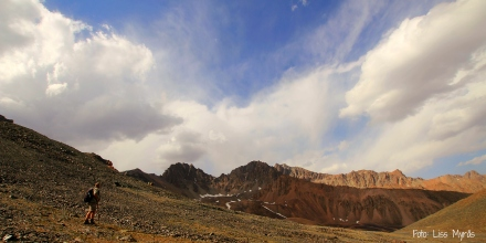 Kyrgyzsistan tien shan mountain ridge liss