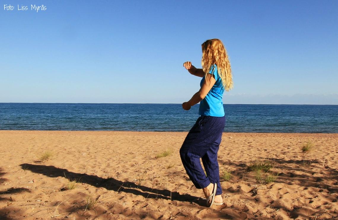 tai chi issyk kul lake beach kyrgyzstan liss