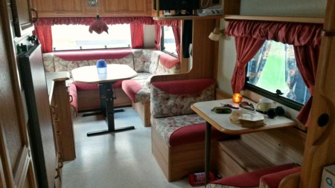 husvagn kök vardagsrum kontor
