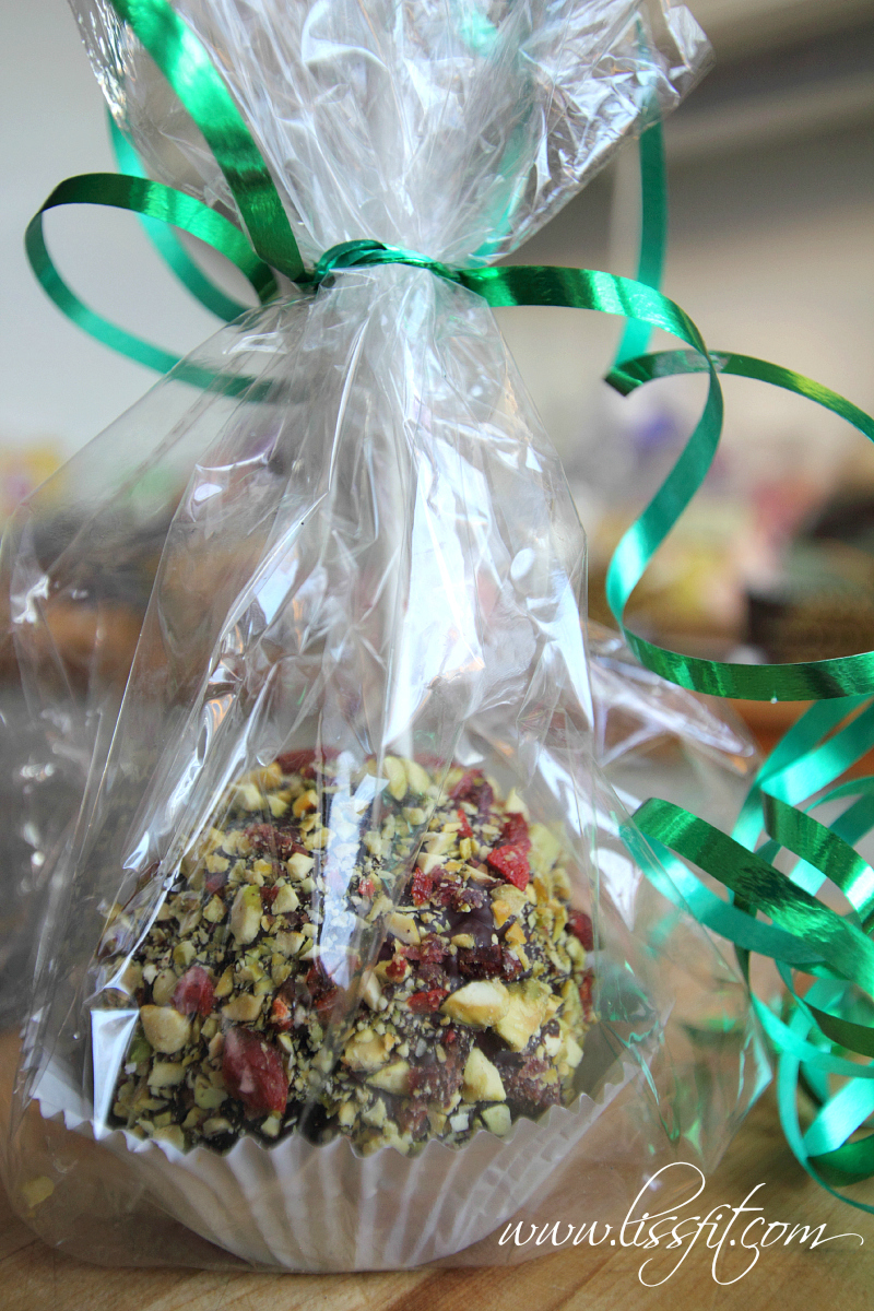 photo liss myrås chocolate candy apples gift healthy pistachio