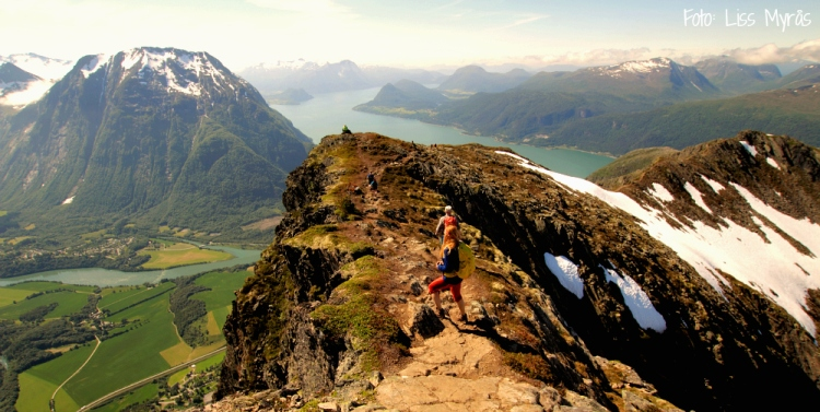 Romsdalseggen Åndalsnes Romsdalsfjorden liss myrås
