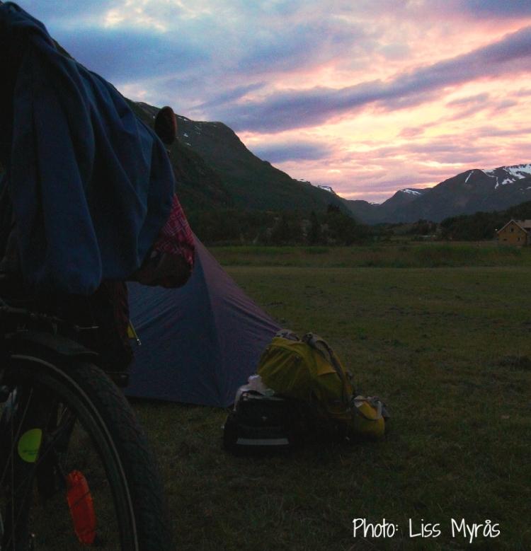Geiranger tent camping bike tour sunset photo liss myrås