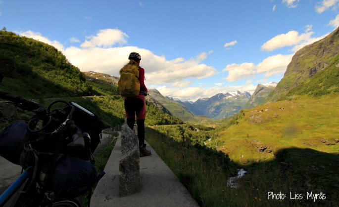 Norway bicycle ride Geiranger road landscape photo liss myrås
