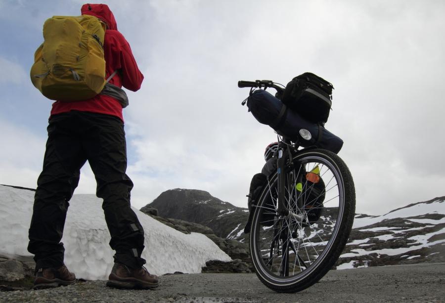 Oppe på fjellet mot Djupvasshytta