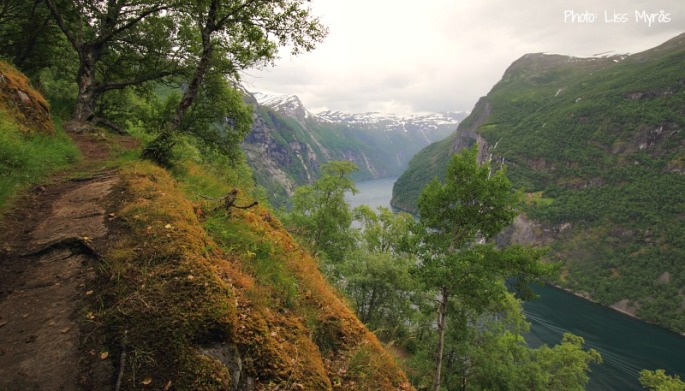 geirangerfjorden skageflaa norwegian fjords travel hike trail photo liss myraas