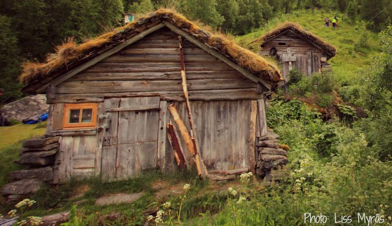 hike homlong track geiranger visit norway fjord unesco heritage landscape photo liss myraas