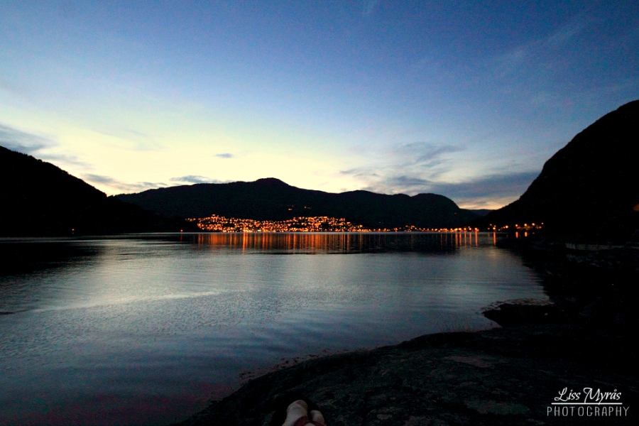 sogndal city by night view bicycle trip visitnorway photo liss myraas