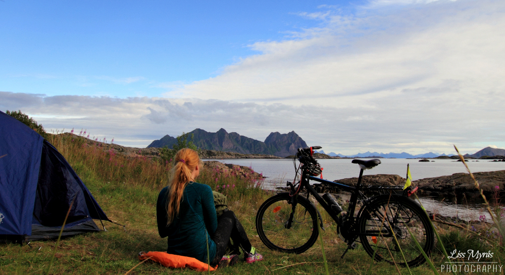 Lofoten svolvaer wild camping landscape bicycle tour visit norway photo liss myras