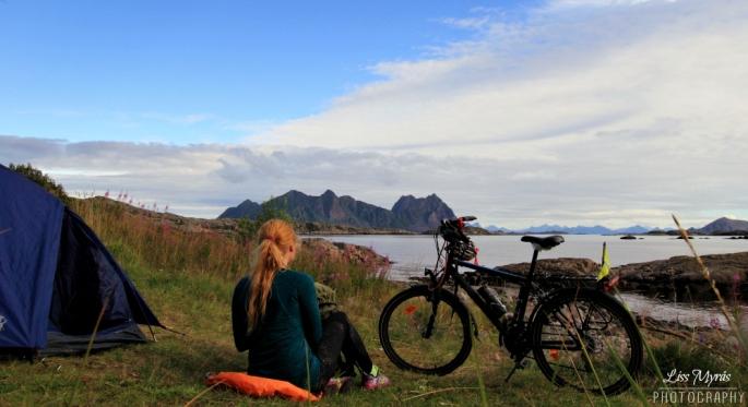 Lofoten svolvaer wild camping landscape bicycle tour visit norway photo liss myras