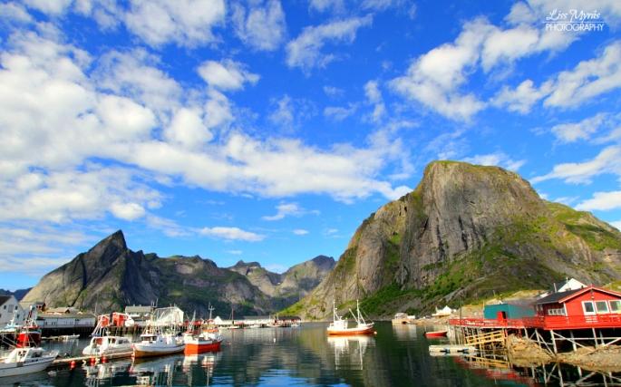 Lofoten visit Norway hiking bicycling roadtrip landscape nature photo liss myraas