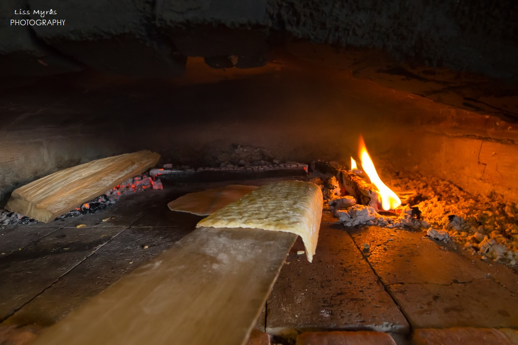 Bagarstuga lefsebaking wood-fired baking Norwegian tradition scandinavia