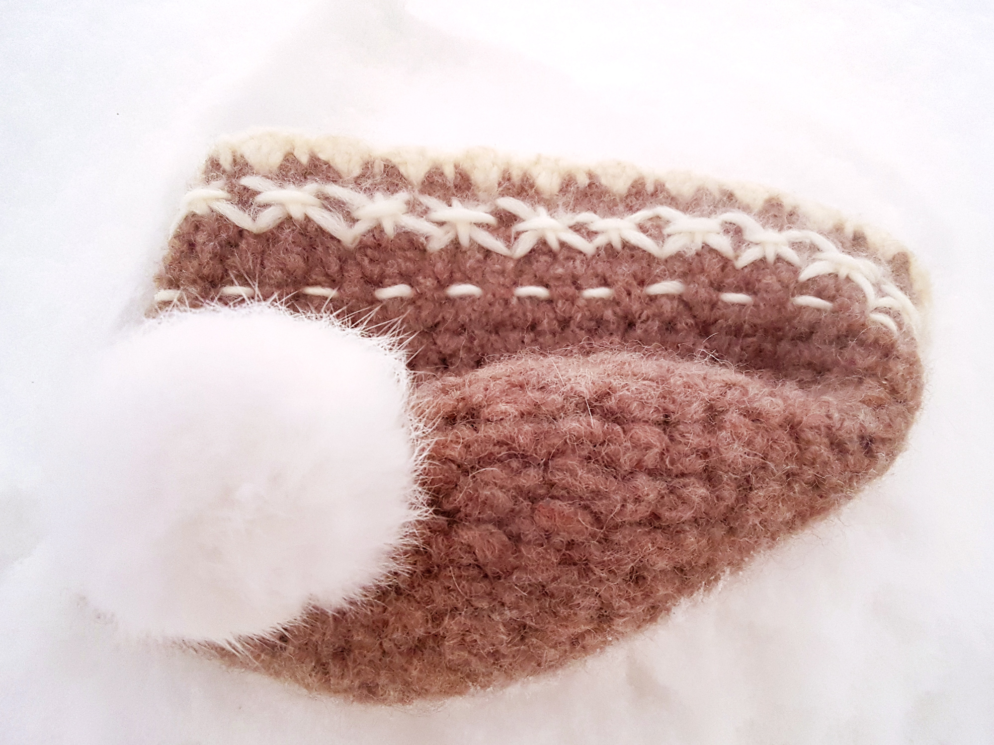 wool beanie handmade ullue heklet crochet stiched winter pompom
