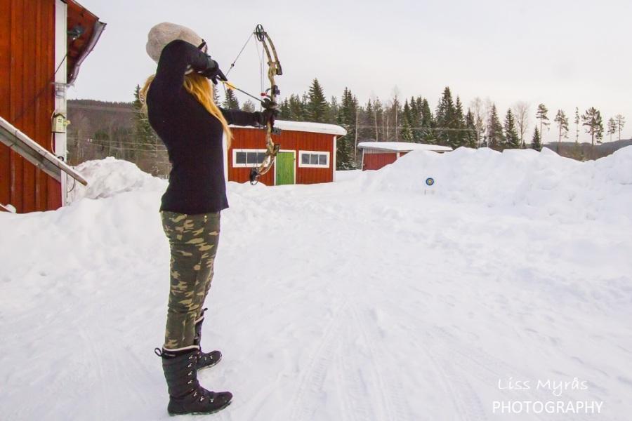 Natural backstop for archerytarget