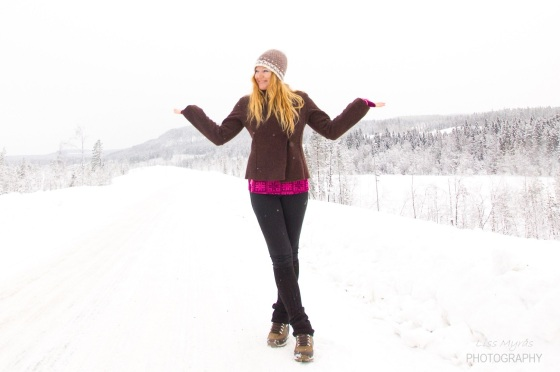 wool beanie handmade ull heklet crochet pompom virkat winter landscape