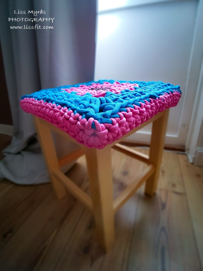 Crochet chunky granny square stool cover