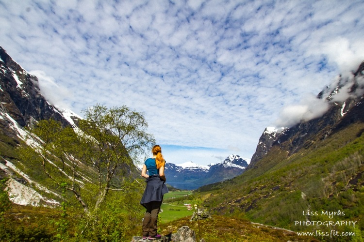 erdalen bicycle oppstrynsvatnet oppstryn stryn hiking vandring fjelltur nature landscape view travel blogger