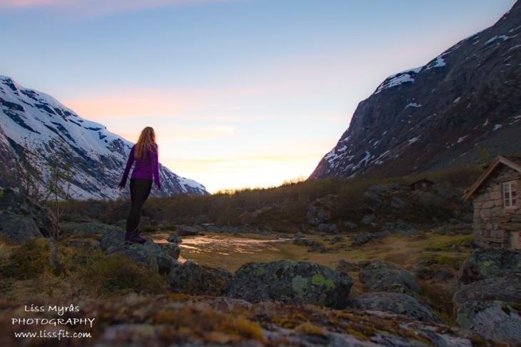 Vetledalsetra sunset mountain farm glacial valley