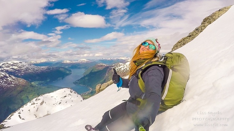 skåla summit hike fjelltur topptur randonee fjord skålabu skålatårnet vandring hiking