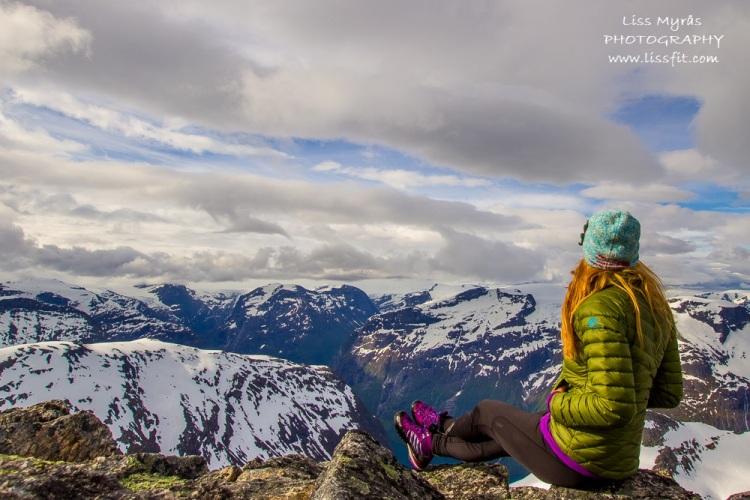 skåla summit hike randonne fjelltur skålatårnet