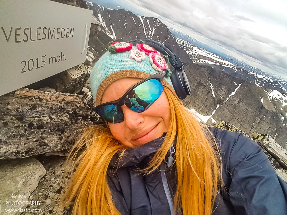 Veslesmeden topptur hike climb Rondane landscape Najonalpark Park Norge mountains panoramic Norway