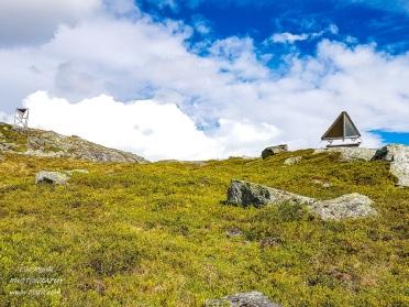 heggurdalen hegguraksla hike trail fjord dangerous mountain valldal fjoraa nysetra monitoring control equipment rock slide tafjord landscape