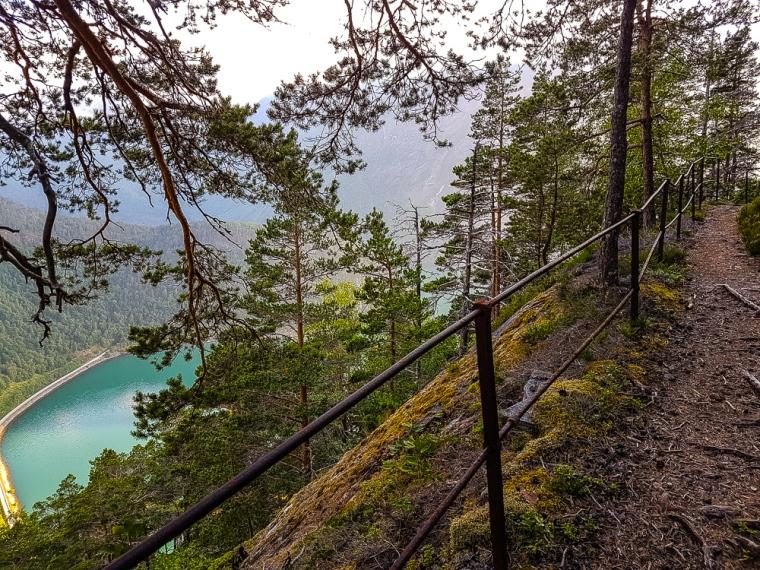 muldalen trail sti steep bratt utsikt viewpoint muldalsfossen