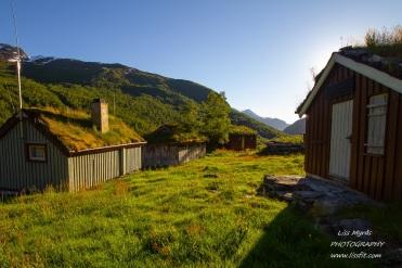 tafjordsetra trails muldalssetra muldalen landscape hiking seter cabins easy hike sunset