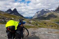 Trollstigen bicycle trip tour bispen kongen mountain world