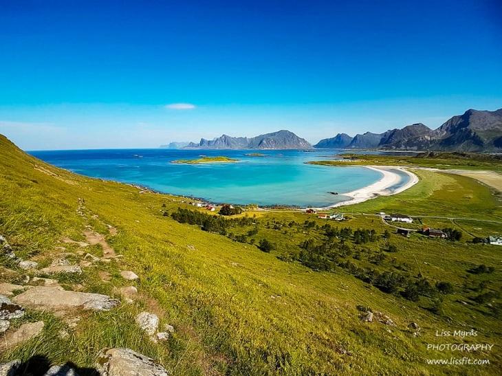 Yttersandheia Lofoten Fredvang beach landscape photography moore landscape