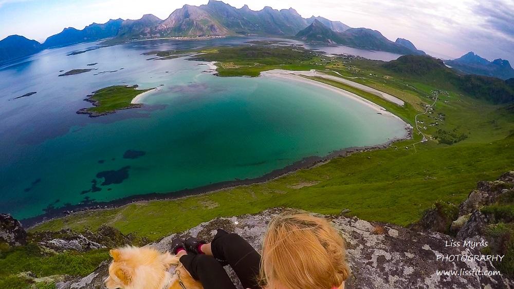 Yttersandheia Lofoten hike andscape photography ramberg volandstind view