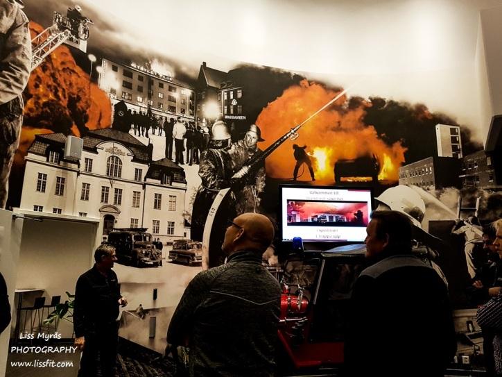 The fire station in Örnsköldsvik has a cool indoor wall design