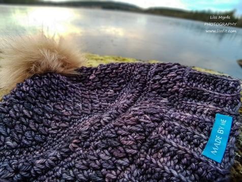 Crochet merino beanie waistcoat star stitch acrylic pompom lake rodvattensjo landscape