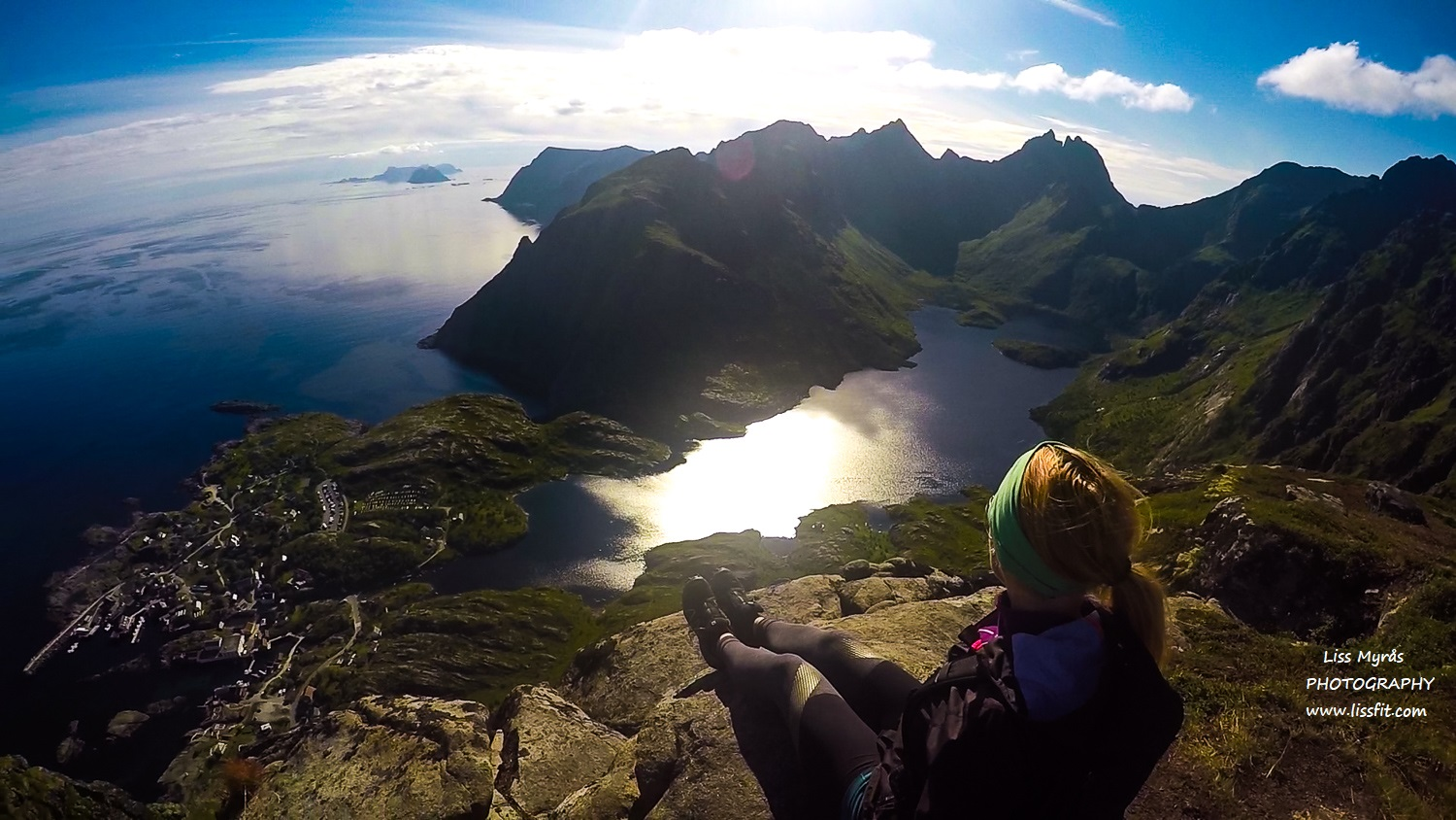Tindstinden hike adventure topptur Lofoten Moskenes trail view point panoramic mountains landscape photography GoPro
