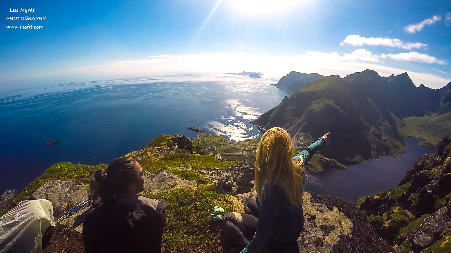 Tindstinden hiking adventure Lofoten travel Moskenes trail lake view point mountains landscape photography GoPro