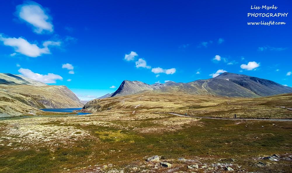 rondane mountain landscape storronden rondvatnet rondvassbu topptur turjenter natur hiking trail norway