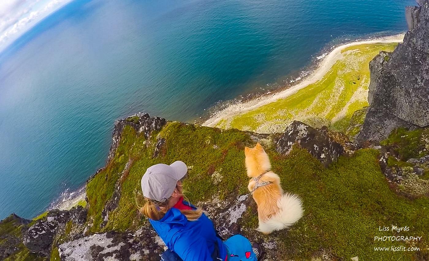 Montinden Lofoten hike scenic landscape nature beach mountains fjords Norwegen