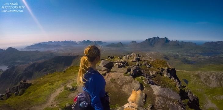 Justadtinden Lofoten hike