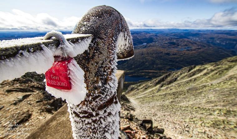 Gaustatoppen gaustabanen hike topptur fjelltur frozen freezing scenic views telemark Norway – Kopi